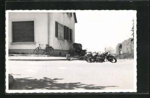 Foto-AK auf der Strasse liegendes BMW-Motorrad