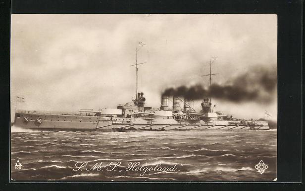 AK Kriegsschiff S. M. S. Helgoland in voller Fahrt