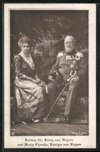 AK König Ludwig III. von Bayern in Uniform mit Königin Maria Theresia von Bayern