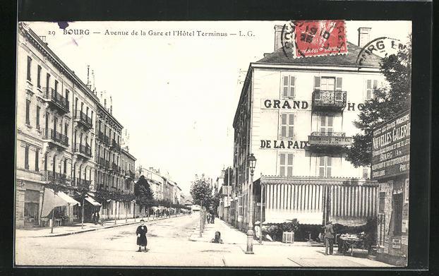 AK Bourg, Avenue de la Gare et l`Hotel Terminus