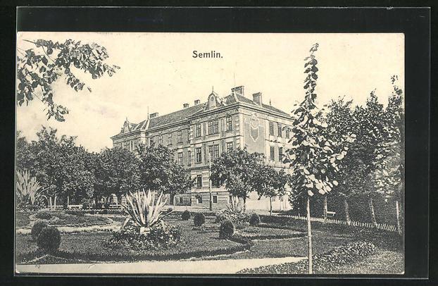 AK Semlin, Parkpartie mit Gebäudeansicht