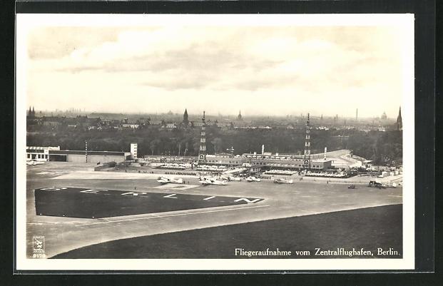 AK Berlin, Fliegeraufnahme vom Zentralflughafen