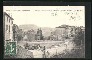 AK Saint-Félicien, Le Grand Tournant à l`Arrivée par la Route de Saint-Victor