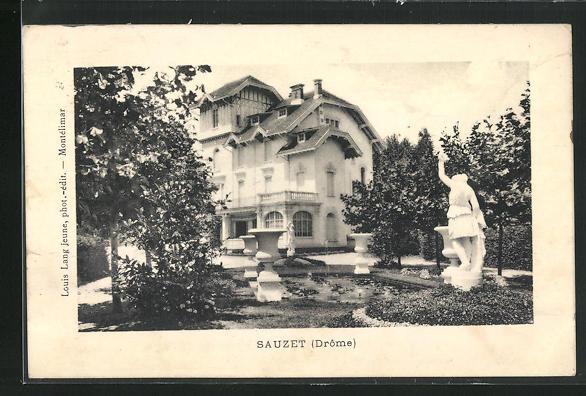 AK Sauzet, Villa mit Blick in den Park