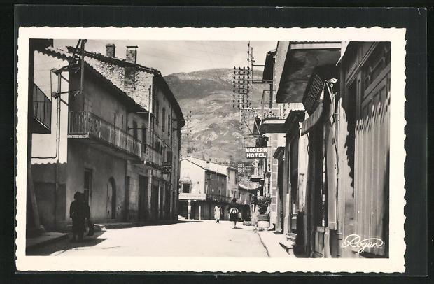 AK La Motte Chalancon, Grand'Rue