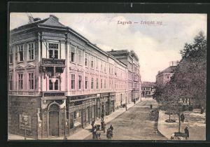 AK Zagreb, Zrinjski trg, Pucka Banka