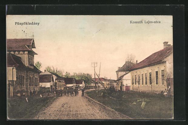 AK Püspökladány, Kossuth Lajos-utca, Strassenpartie im Ort
