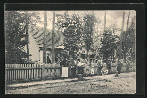 AK Bilderlingshof, Einwohner vor der Post