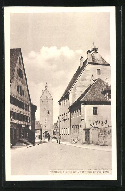 AK Dinkelsbühl, Altes Rathaus mit Blick aufs Wörnitztor in der Ledermarkt-Strasse