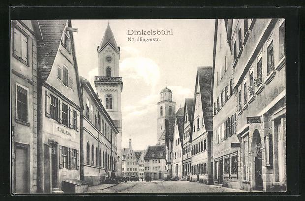 AK Dinkelsbühl, Nördlingerstrasse mit Geschäften
