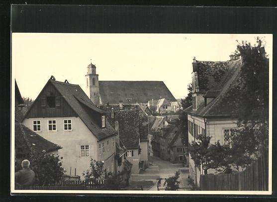 Foto-AK Dinkelsbühl, Strassenpartie am Deutschhofberg, Blick nach St. Georg