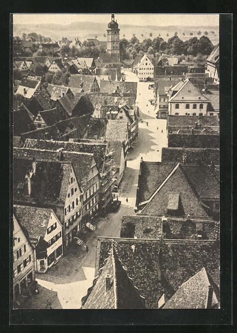 AK Dinkelsbühl, Blick auf die Segringer Strasse mit Passanten
