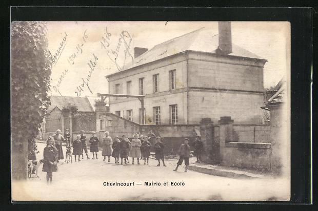 AK Chevincourt, Mairie et Ecole