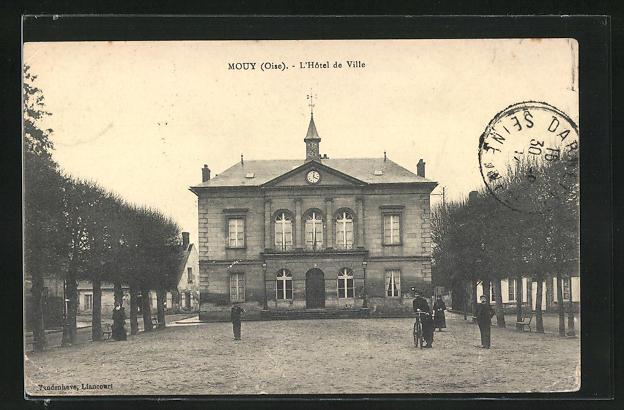 AK Mouy, L'Hotel de Ville