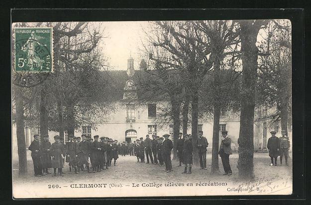 AK Clermont, Le College, eleves en recreation