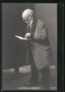AK Prof. A. von Menzel, Portrait des Malers mit Buch