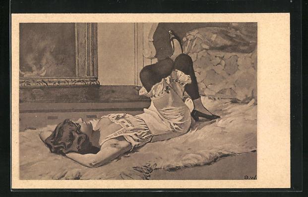 Künstler-AK Brynolf Wennerberg: Frau in Unterwäsche auf Bett liegend mit übereinander geschlagenen Beinen