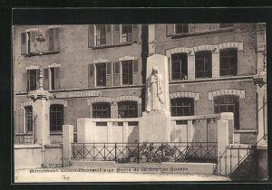 AK Vizille, Monument Commemoratif aux Morts de la Grande Guerre