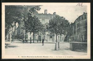 AK Saint-Maximin-la-Sainte-Baume, Le Centre et la Grand`Rue
