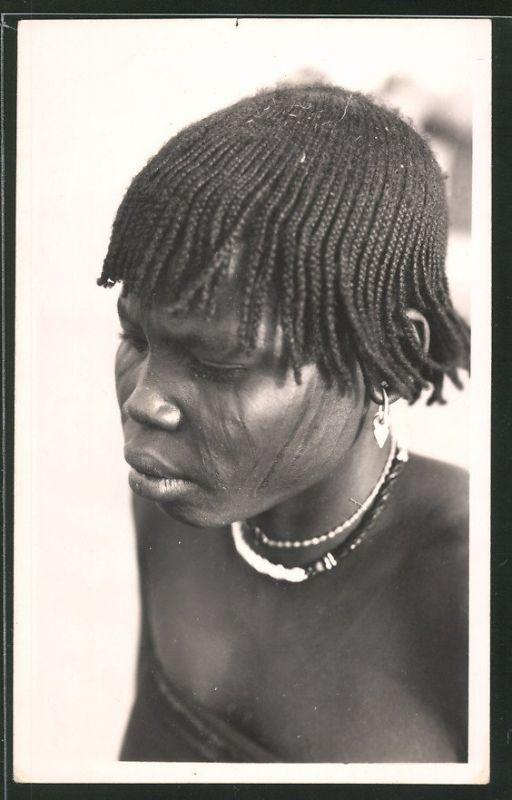 Fotografie Kamerun / Afrika, Eingeborene mit geflochtenen Haaren & Schmuck