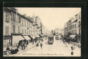 AK Fontainebleau, La Place de l'Etape aux Vins, Strassenbahn