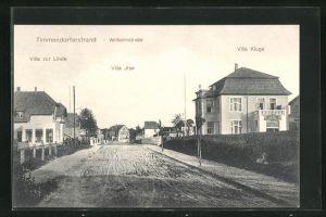 AK Timmendorferstrand, Wilhelmstrasse mit Hotel-Pensionen Villen zur Linde, Ilse und Kluge