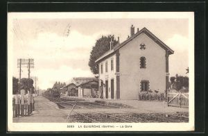 AK La Guierche, La Gare, Motiv vom Bahnhof