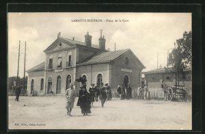 AK Lamotte-Beuvron, Place de la Gare