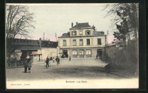 AK Ermont, La Gare, Blick auf den Bahnhof