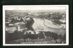 AK Wilna, Ortsansicht über Stadt mit Blick auf Wilijafluss u. Kirche