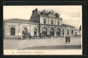AK Fontainebleau, La Gare, Bahnhof