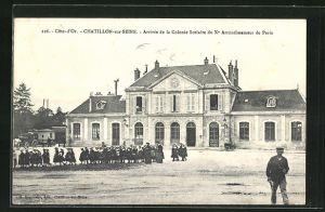 AK Chatillon-sur-Seine, Arrivee de la Colonie Scolaire du X Arrondissement de Paris, La Gare, Bahnhof
