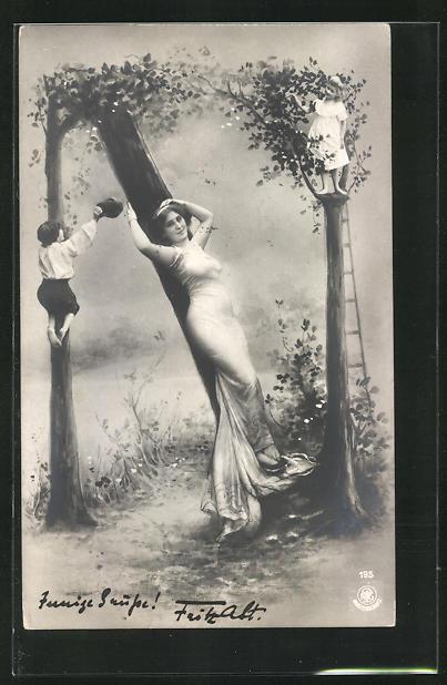 AK Buchstabe N, kletternde Kinder und in Tuch gehüllte Maid, Montage
