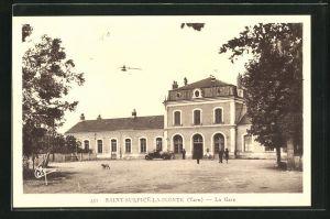 AK Saint-Sulpice-la-Pointe / Tarn, La Gare, Blick auf den Bahnhof