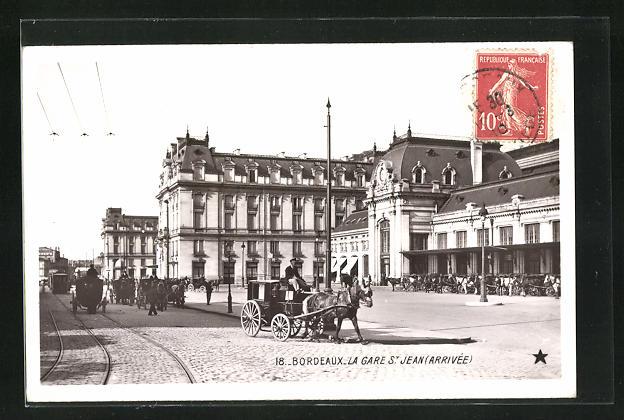 AK Bordeaux, La Gare St-Jean, Pferdekutschen vor dem Bahnhof 0