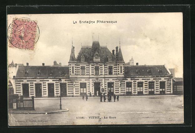AK Vitre, La Gare, Blick zum Bahnhofsgebäude 0