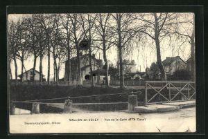 AK Vallon-en-Sully, Vue de la Gare et le Canal, Bahnhof