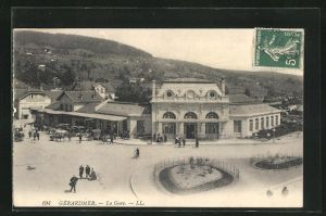 AK Gèrardmer, La Gare, Platz vor dem Bahnhof