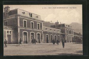 AK La Bourboule, La Gare, Partie am Bahnhof