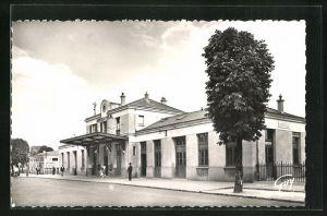 AK Argenteuil, La Gare, Blick auf das Bahnhofsgebäude