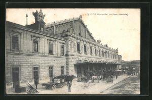 AK Marseille, La Gare, Szene am Bahnhof
