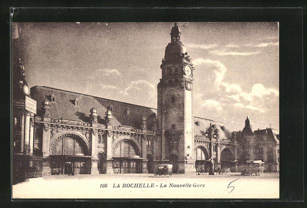AK La Rochelle, La Nouvelle Gare, Blick zum Bahnhofsgebäude