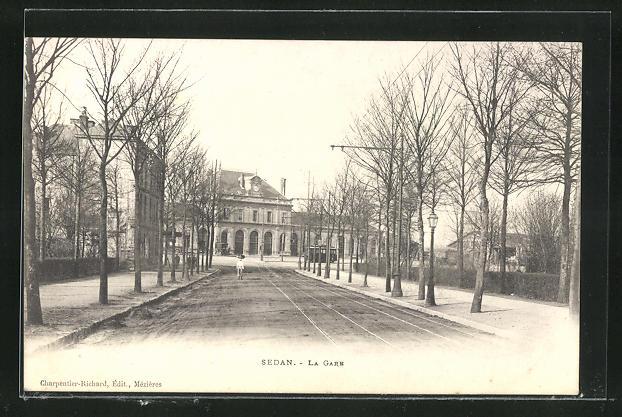 AK Sedan, La Gare et Tramways