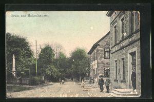 AK Hohenhausen, Strassenpartie mit Gebäudeansicht u. Anwohnern