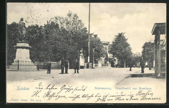 AK Leiden, Stationsweg, Standbeeld van Boerhave
