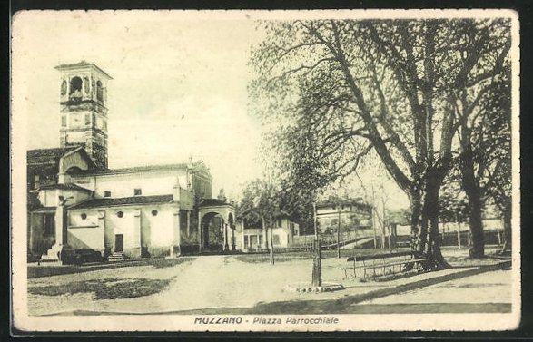 AK Muzzano, Piazza Parrocchiale