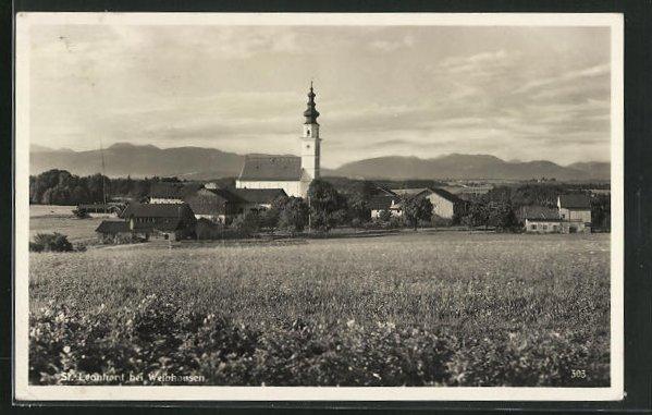 AK St. Leonhard bei Weibhausen, Teilansicht mit Kirche