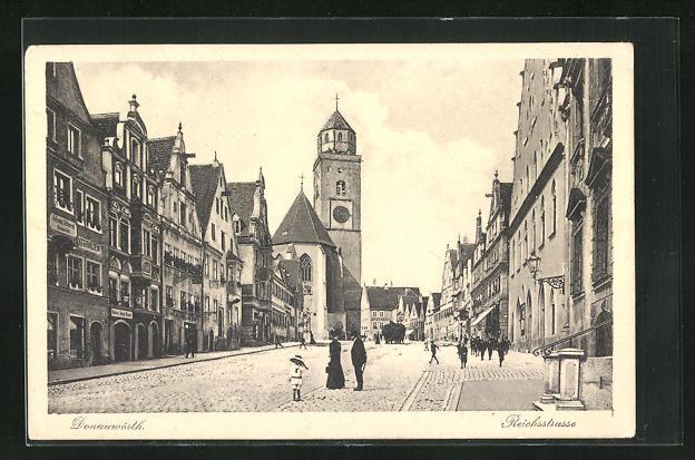 AK Donauwörth, Reichsstrase mit Münster und Geschäften