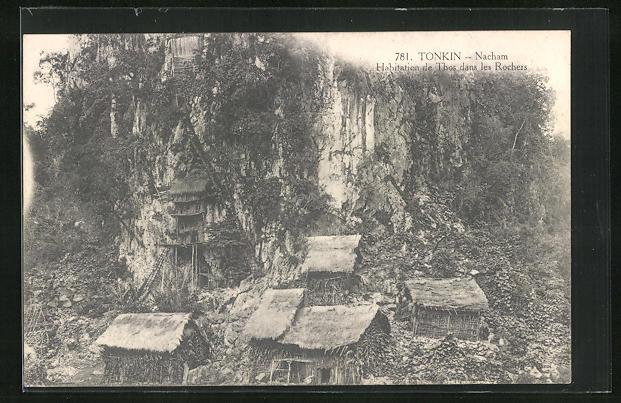 AK Tonkin, Nacham, Habitation de Thos dans les Rochers