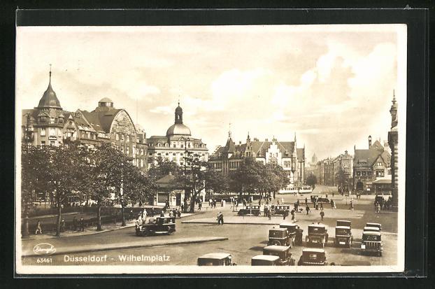 AK Düsseldorf, Wilhelmplatz mit Strassenbahn und Häuserfassaden